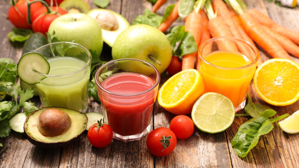 Les jus de fruits font-ils maigrir ?